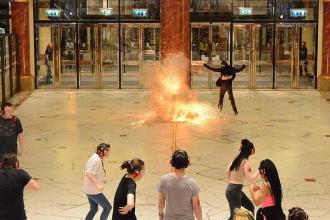 Imagini cutremuratoare la simularea unui atac terorist in Manchester. Un fals atacator a strigat