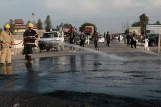 Atentat sinucigas, cu masina capcana, in Afganistan. Cel putin 10 oameni au murit, iar 23 sunt raniti