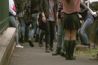 Bullying-ul ia amploare in scolile din Romania. Varsta la care multi copii ajung sa fie amenintati si umiliti