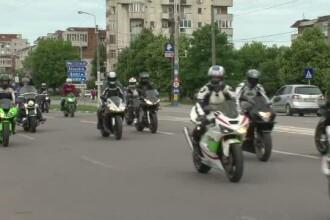 Motociclistii din toata Oltenia au organizat un mars pe strazile din Craiova. Mesajul pe care au dorit sa in transmita
