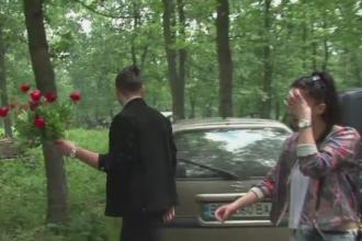 Au participat la o petrecere campeneasca si au plecat cu bratele pline cu bujori din rezervatie. Ce au facut cu florile