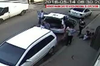 Imagini violente surprinse in Galati. O femeie, cu un bebelus in brate, snopita in bataie de 2 indivizi. VIDEO