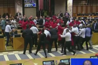 Bataie in parlamentul sud-african. Motivul pentru care deputatii cer demisia presedintelui Jacob Zuma