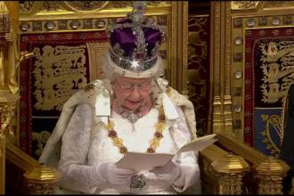 Discursul in Parlament al Reginei Elisabeta a II-a: de la lupta impotriva extremismului pana la avioane spatiale