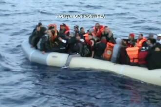 21 de copiii, intre care unul de doar cateva luni, au fost salvati de la inec de politistii romani in Marea Egee
