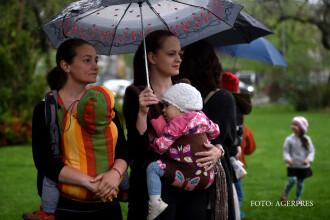 Cand vor fi platite indemnizatiile marite pentru mame. Avertismentul ministrului Muncii privind pensiile