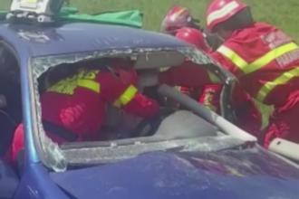 Grav accident pe DN1, in Brasov. Ce a urmat dupa ce un sofer a intrat cu masina intr-un TIR