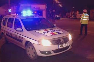 Ancheta a politiei in urma unei inregistrari in care un tanar dezbracat este batut de agenti in Bucuresti