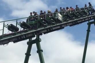 Momentul in care pasagerii au ramas suspendati in aer timp de 40 de minute, intr-un rollercoaster. Cum au fost salvati