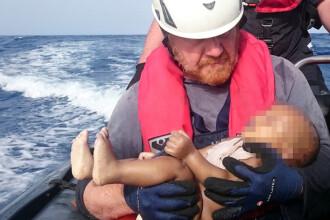 Imaginea dureroasa care nu ne da voie sa uitam de criza imigrantilor: inca un bebelus a murit inecat in Mediterana