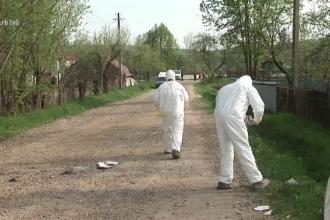 Cadavrul transat al unei femei data disparuta, descoperit in curte. Fiul ei a baut insecticid cand a fost chemat la Politie