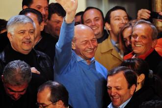 Basescu, Geoana, Andronic si Oprea vor da declaratii despre prezidentialele din 2009. Cina la care au participat toti