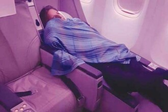 Pilotul unui avion, surprins dormind in timpul unui zbor Islamabad-Londra. La bord se aflau 305 pasageri