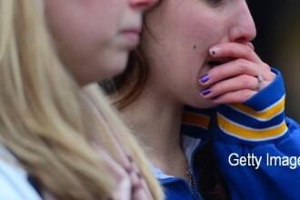 O adolescenta de 13 ani s-a certat cu fratele ei si apoi s-a spanzurat. Ce avea scris pe mana cand a fost gasita