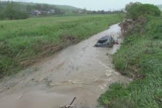 Vremea rea a facut ravagii in tara. Zeci de case au fost afectate de ape, iar mai multe familii au fost izolate