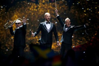 Moldovenii, suparati pe Romania pentru ca au primit doar 8 puncte de la juriul nostru, la Eurovision