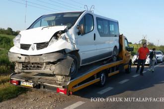 Accident cu 8 raniti pe DN3, la iesirea din Constanta. De vina ar fi un sofer care a incercat sa intoarca pe linia continua