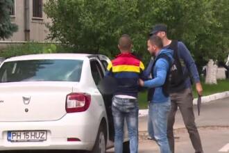 Tineri din Prahova, retinuti dupa ce ar fi condus masini fara a avea permis si ar fi furat numere de inmatriculare