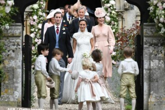Nunta anului in Marea Britanie. Sora ducesei de Cambridge s-a maritat cu un bancher milionar intr-o biserica medievala