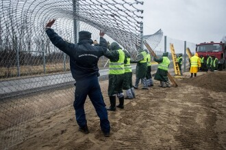 Ungaria ar putea sa construiasca un gard la granita romana, daca se schimba ruta migratorie. Anuntul facut la Budapesta