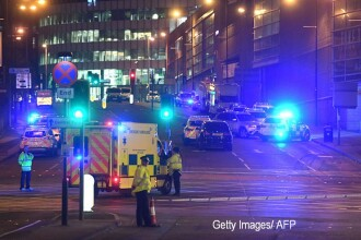 Reactia artistilor internationali dupa explozia de la Manchester Arena. Ariana Grande:
