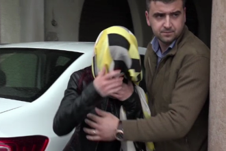 O tanara de 36 de ani din Cluj, care conducea o firma de publicitate, a fost ridicata de politisti. Cu cat a inselat statul