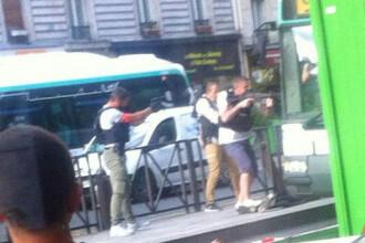 Operatiune masiva in Paris, dupa descoperirea unui pachet suspect in autobuz. Trei persoane au fost arestate