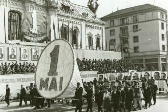 1 Mai Muncitoresc. FOTO de arhivă cu sărbătoarea muncii în timpul regimului Ceaușescu