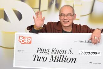 Un bărbat a câștigat 1,5 milioane de dolari la loterie, chiar de ziua lui