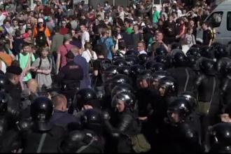 Peste 1.600 de persoane arestate după protestele anti-Putin din Rusia