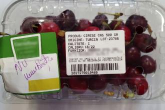 """Mesajul ANPC în scandalul cireșelor a căror """"coajă nu se recomandă pentru consum"""""""