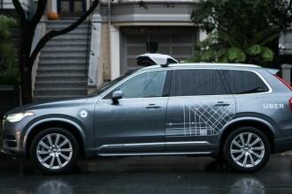 O parte din cele 400.000 de semnături pentru reglementarea Uber și Bolt, depuse la Guvern
