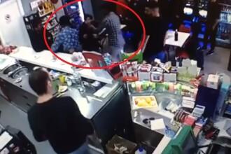 Un barman român a fost bătut de 4 mafioți italieni într-un bar din Roma