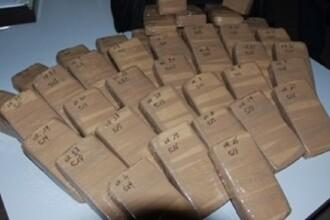 Heroină de 23 de milioane de euro confiscată la frontiera bulgară. Unde erau ascunse drogurile