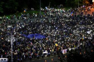 5.000 de oameni au protestat în Piața Victoriei. Câțiva manifestanți s-au îmbrâncit cu jandarmii. VIDEO
