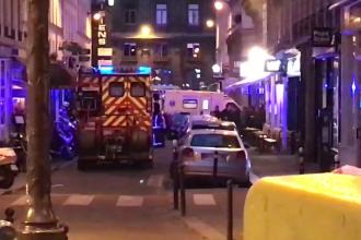 Atac cu cuțitul în Paris: un mort și mai mulți răniți. Atacatorul a fost împușcat