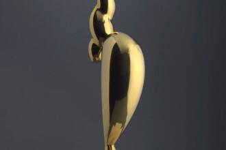 O sculptură a lui Brâncuşi, vândută cu preţul record de 71 de milioane de dolari