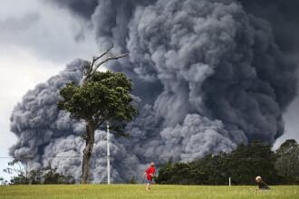 Explozii vulcanice şi un nor toxic de cenuşă în Hawaii. Autorităţile au emis o alertă roşie
