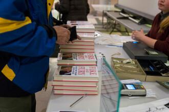 """Oficialii nord-coreeni s-ar pregăti pentru summitul cu SUA, citind controversata carte """"Fire and Fury"""""""