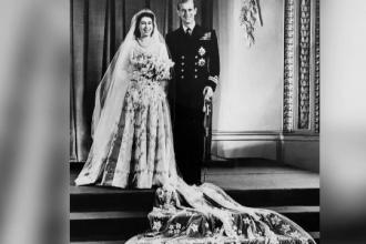 Nunțile din familia regală britanică. Regina Elisabeta și-a făcut rochia pe cupoane