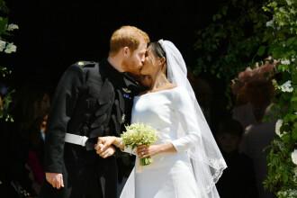 Primul sărut al lui Harry cu Meghan după nunta regală. Ce l-a întrebat actrița înainte de moment