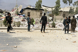 Cel puţin 16 morţi şi 38 de răniţi în Kandahar, în explozia unei camionete-capcană