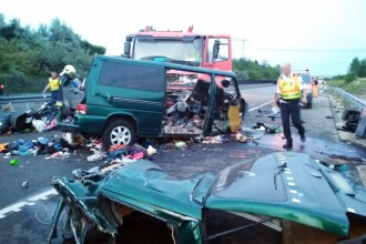 """Nouă morți în accidentul din Ungaria. MAE confirmă că cinci sunt din România: """"Există indicii că restul ar fi români"""""""