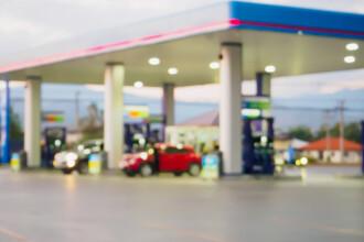 Patronul unei benzinării și-a însușit indemnizația pentru mame a unei angajate