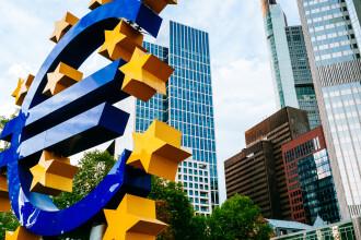 Raport al Comisiei Europene: România, printre cele 7 state care nu îndeplinesc condițiile să treacă la euro