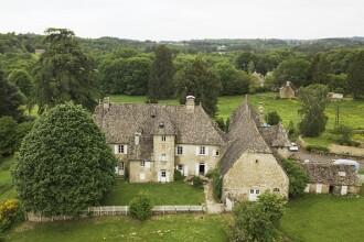 Castel franțuzesc de 1,7 mil. de €, scos la vânzare cu 11 €. Care sunt condițiile
