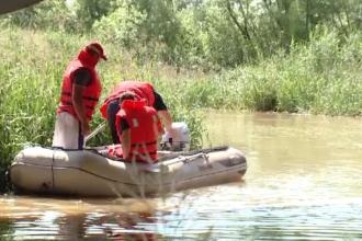 Un tânăr de 24 de ani a dispărut în apele Begăi după ce a intrat să înoate