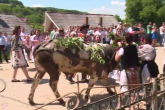 Tradiții și obiceiuri de Rusalii. Ce trebuie să facă fetele din Cluj pentru a se mărita