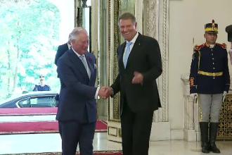 """Prințul Charles, întâmpinat de Iohannis la Cotroceni: """"Bine ați venit acasă"""""""