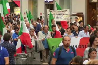 Bursele internaționale, în scădere din cauza crizei politice din Italia